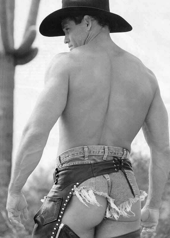 sexycowboy016.jpg